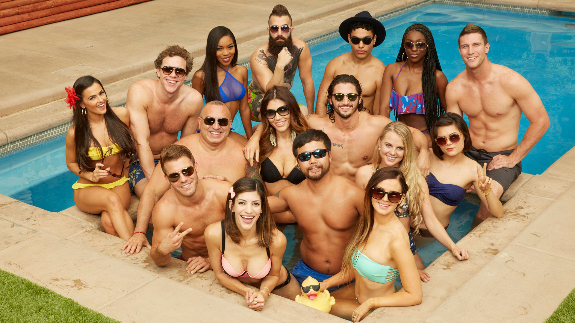 The new—and returning—Houseguests model together in the hot tub for a Season 18 composite.