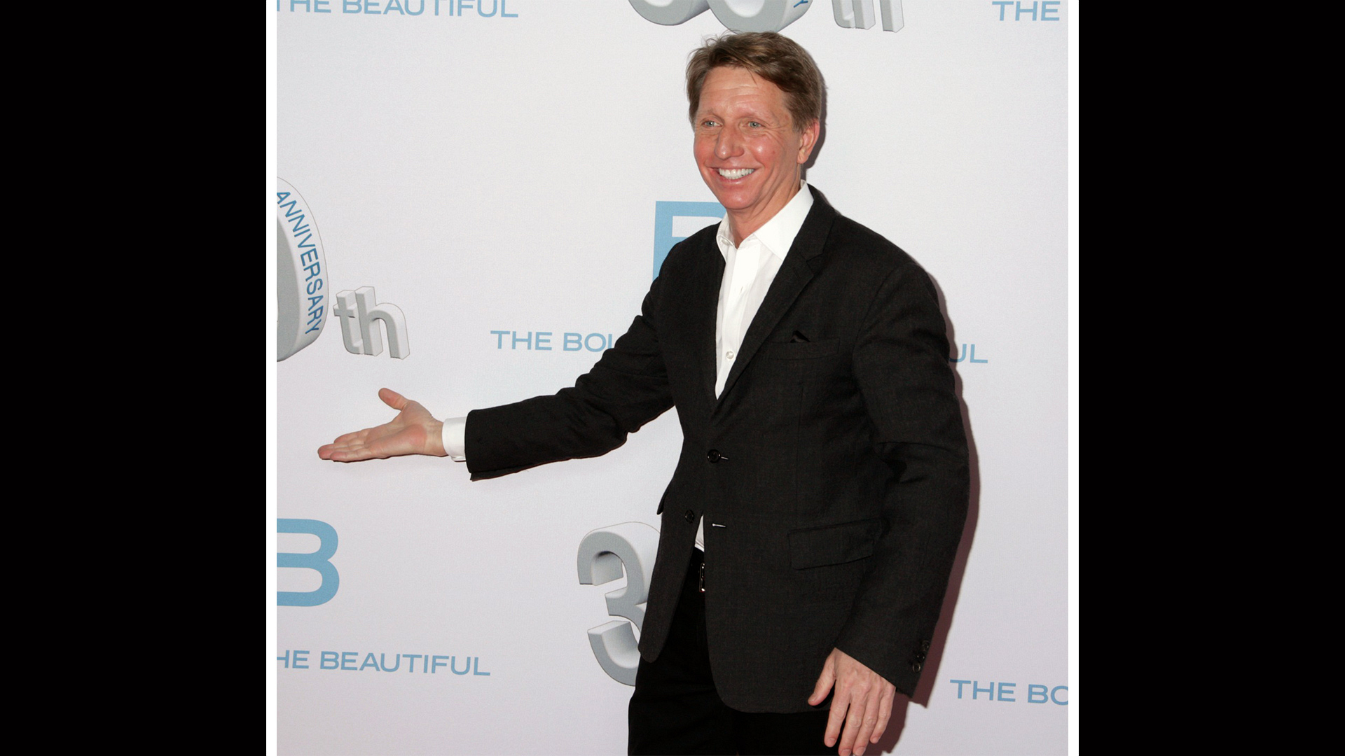 Brad Bell, B&B head writer and Executive Producer, arrives to the party.