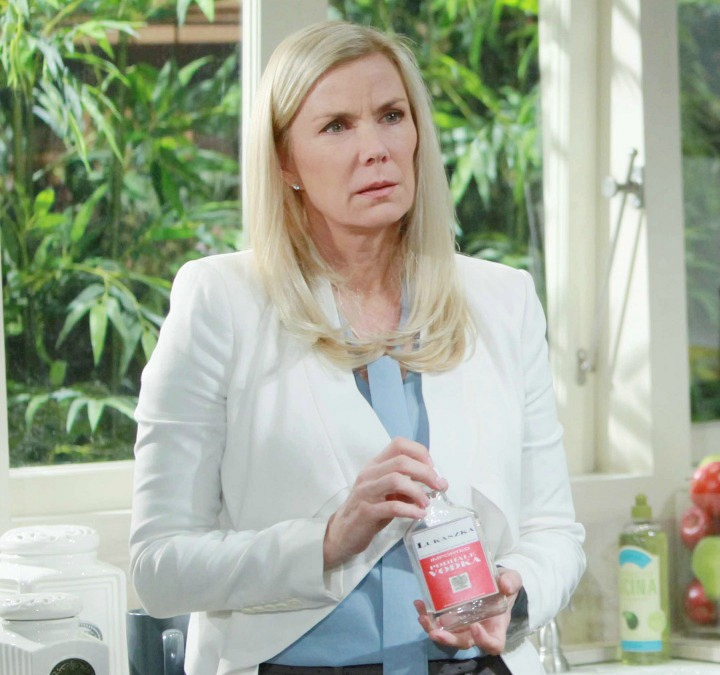 Katie implores Brooke to keep her secret from Bill when Brooke stumbles upon incriminating evidence.