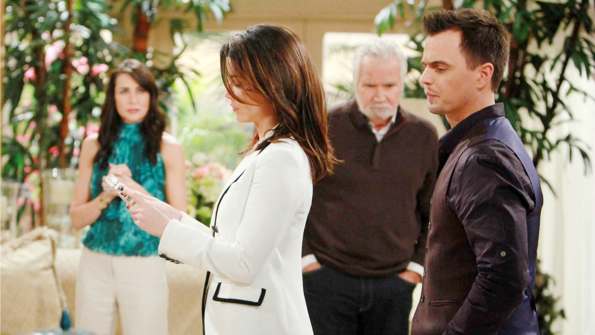 Eric, Quinn, and Wyatt make an enticing presentation to Steffy about what her future could hold.