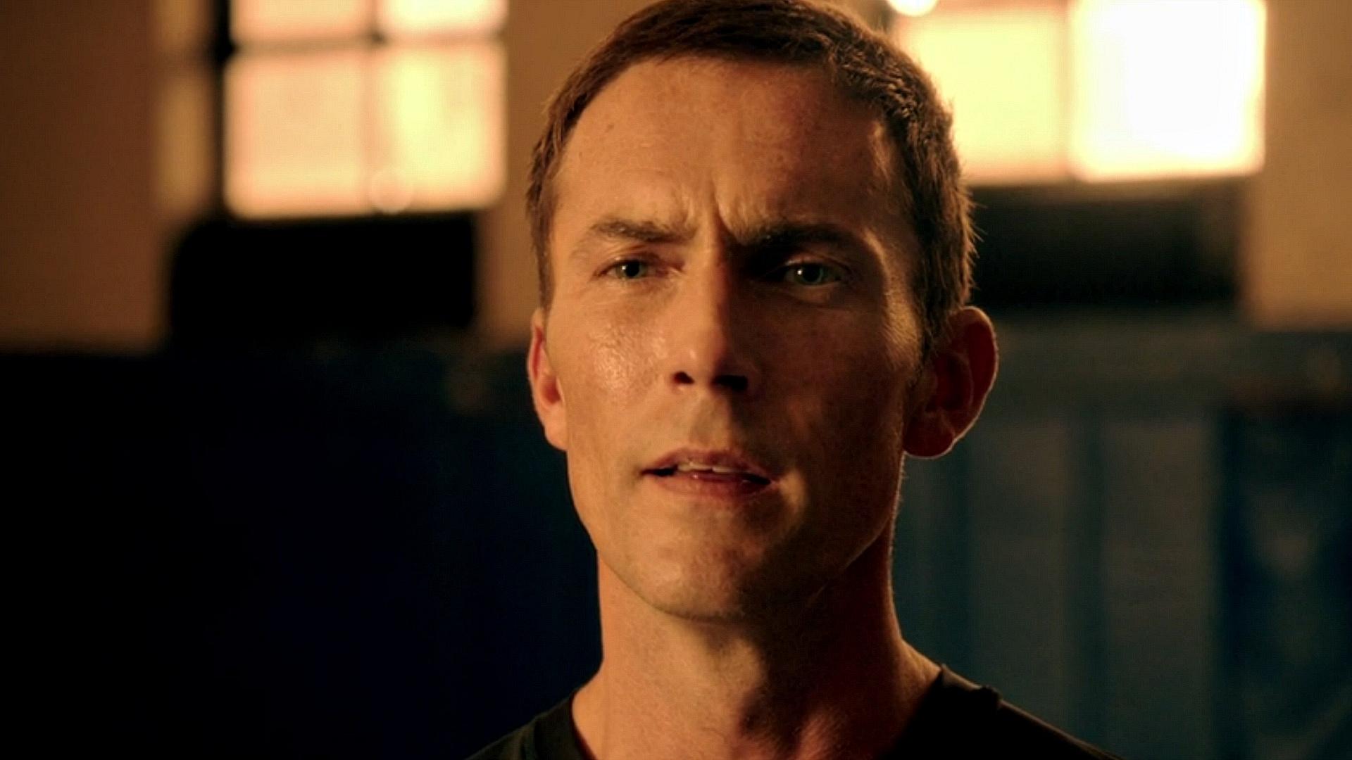 Desmond Harrington as Agent Casey Rooks
