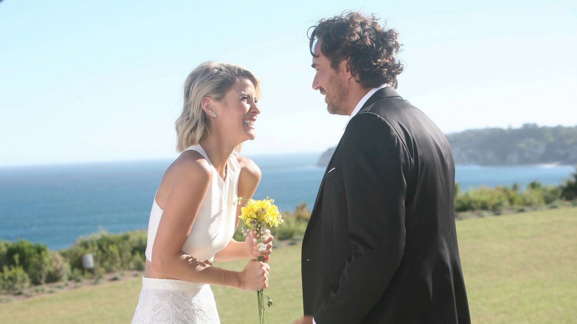 Ridge and Caroline had a romantic, beachside wedding on The Bold and the Beautiful.