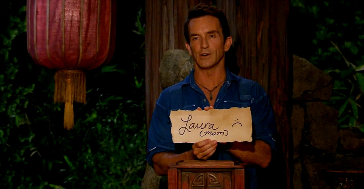 Which Survivor agreed to vote out her own mother in the first Survivor: Blood vs. Water season?