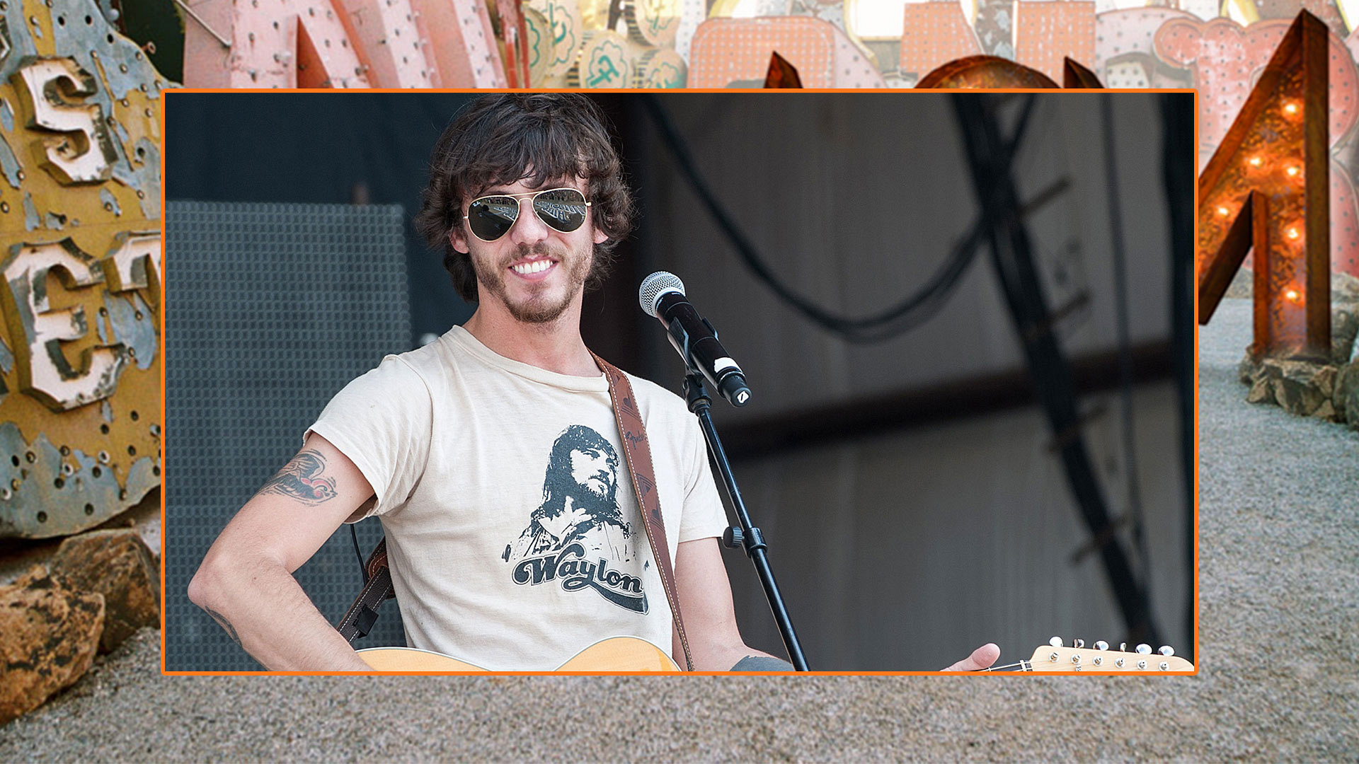 "He may've changed his ""Outlaw Ways,"" but Chris Janson's scruff is here to stay."