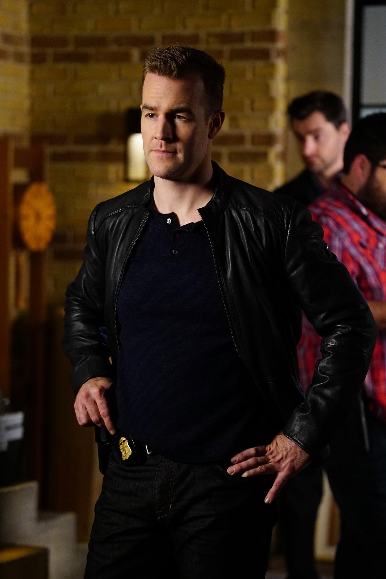 James Van Der Beek as Agent Elijah Mundo