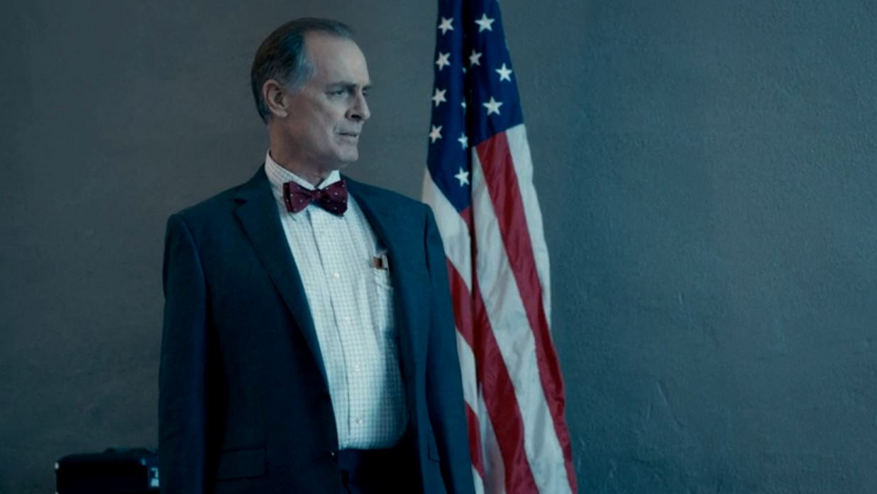 6. When President Dalton was the CIA Director (and Elizabeth's boss), he wore funny bow ties.