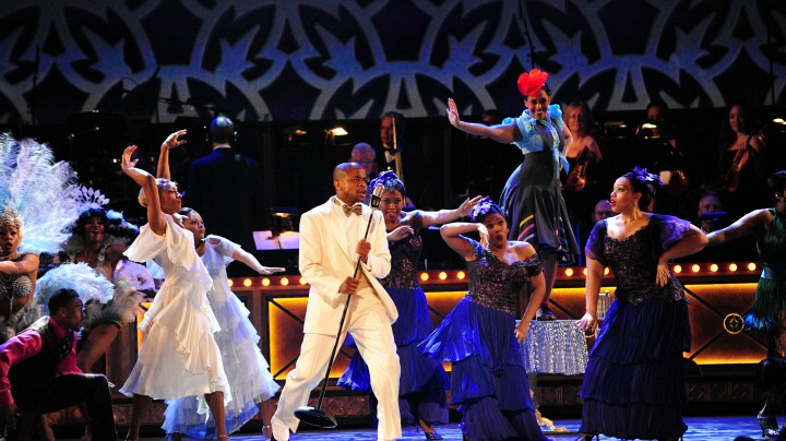4. The huge musical numbers