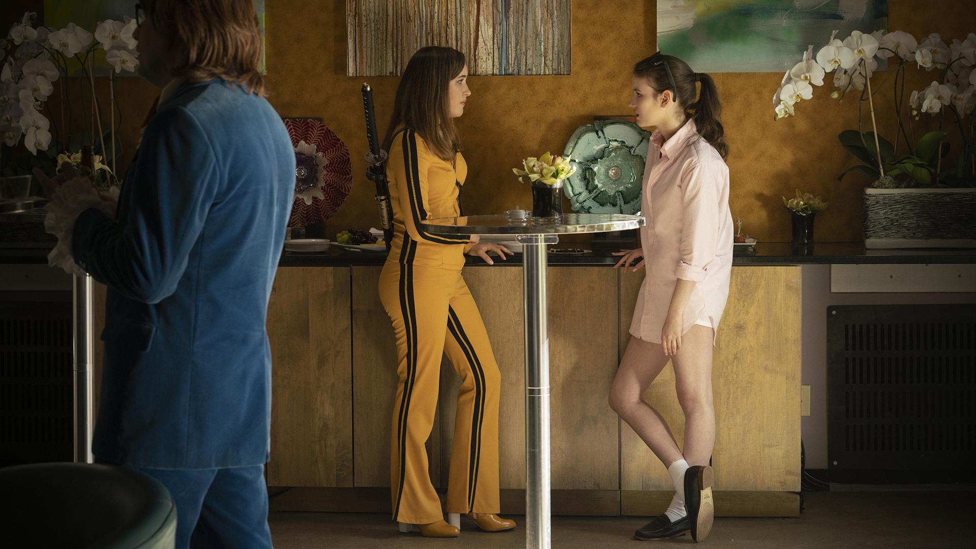 Julie Gardner (Gracie Lawrence) and Dannie Furlbee (Kirrilee Berger)