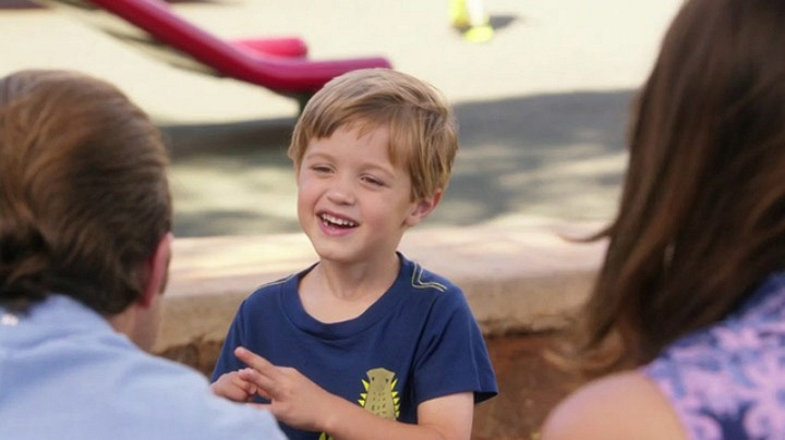 12. Danny selflessly provides bone marrow to save his son's life - Hawaii Five-0