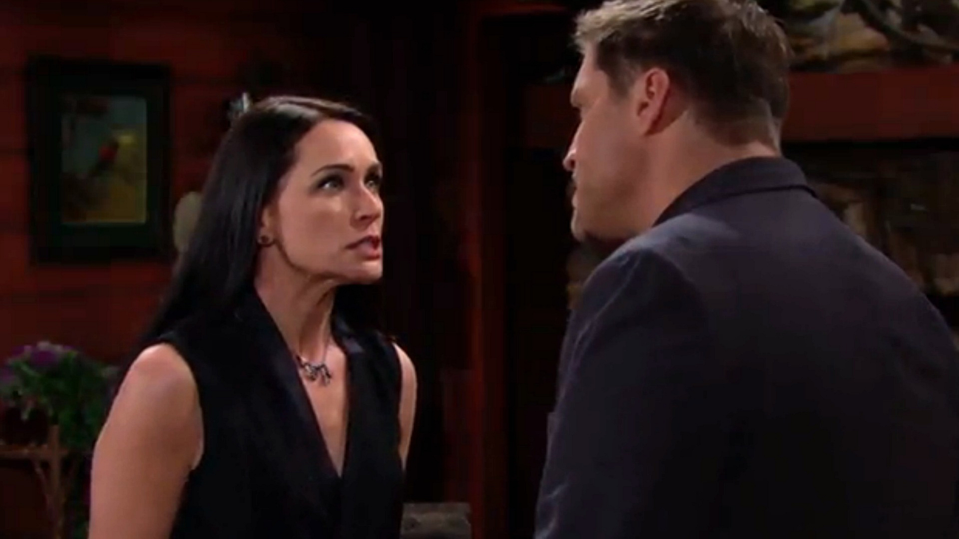 Deacon's discovery threatens Quinn's plan.