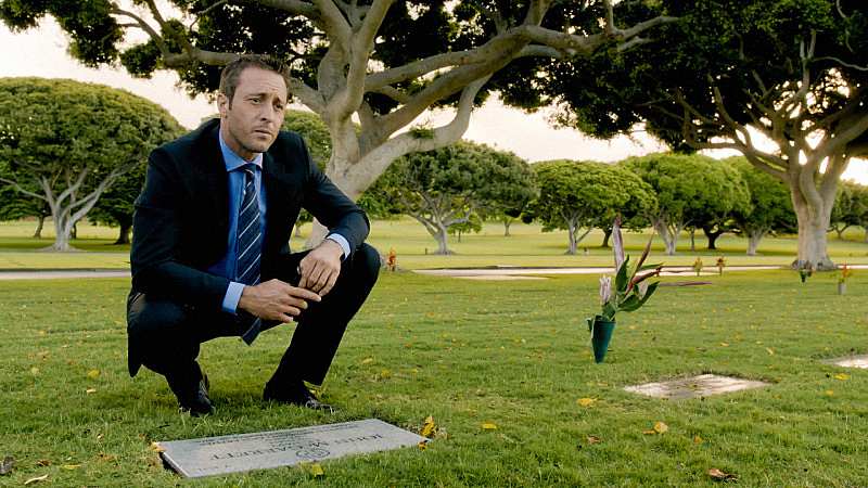 """Ho'oilina"" - Hawaii Five-0 S5 E5"