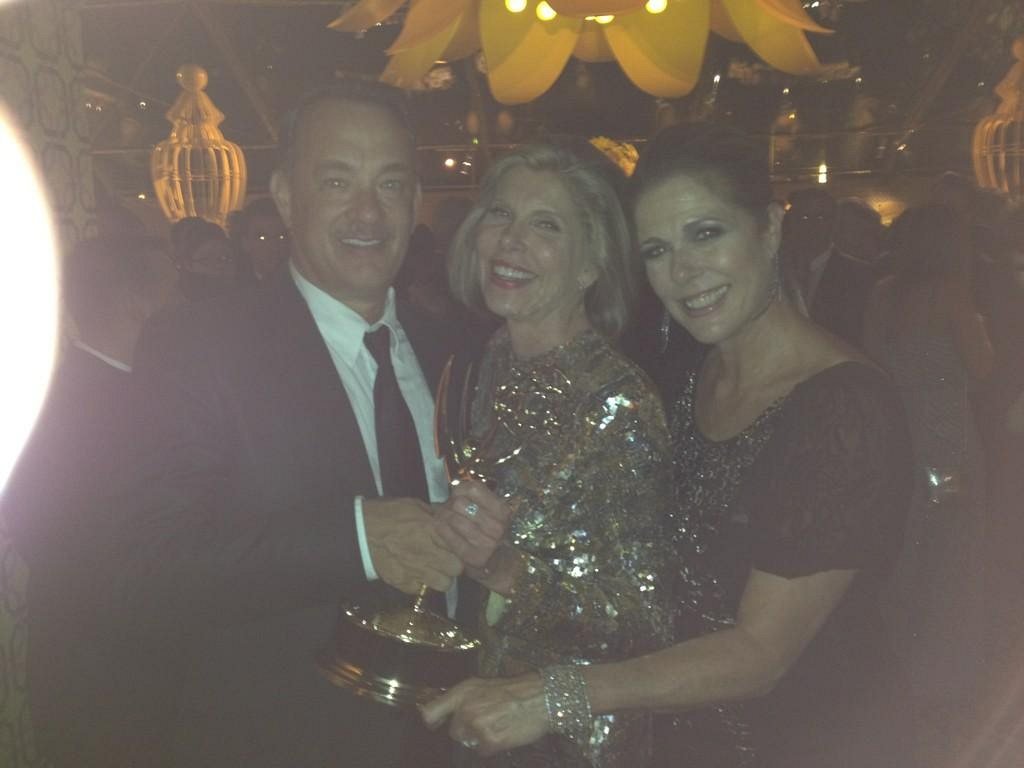 Rita Wilson Tweets at the Emmys