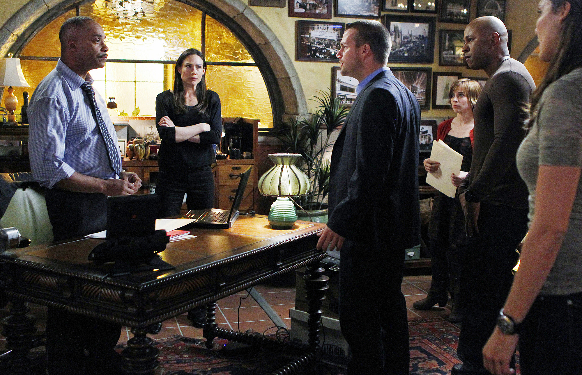 The Team is on Alert After Hetty's Resignation
