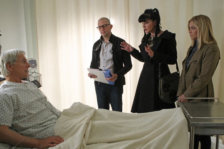 Mark Harmon as Leroy Jethro Gibbs, Jon Cryer as Dr. Cyril Taft, Pauley Perrette as Abby Sciuto, and Emily Wickersham as Ellie Bishop