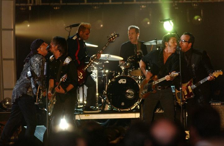 Bruce Springsteen, Elvis Costello, Dave Grohl, and Steven Van Zandt (2003)