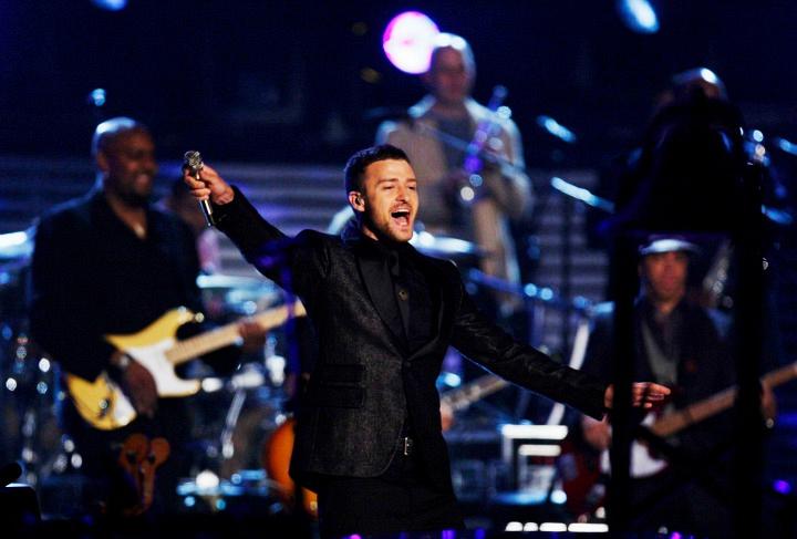 Justin Timberlake, Boyz II Men, Al Green, and Keith Urban (2009)