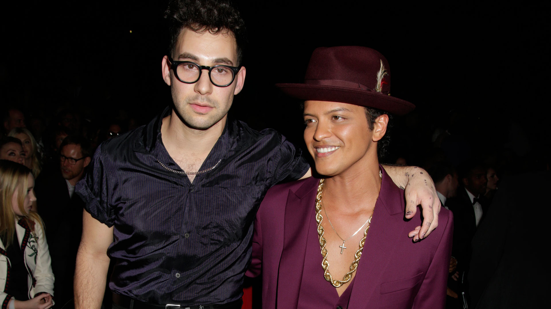 Jack Antonoff poses with producer/performer Bruno Mars