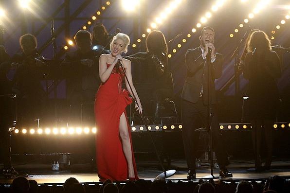 Adam Levine and Gwen Stefani Performed