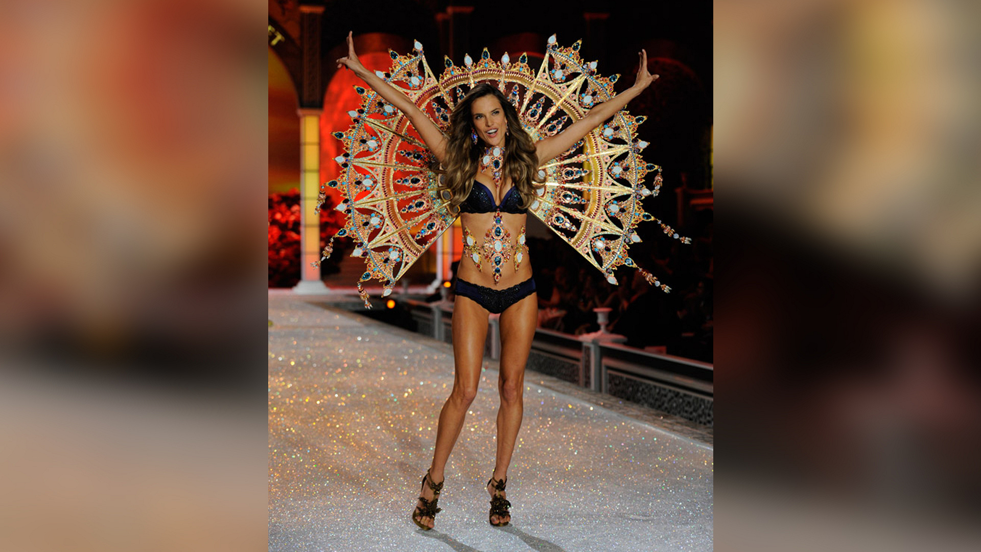 Alessandra Ambrosio's fan wings blew the audience away.