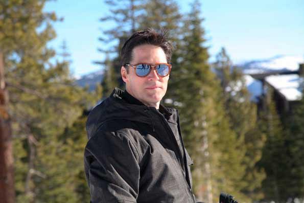 Thomas Gibson Skiing