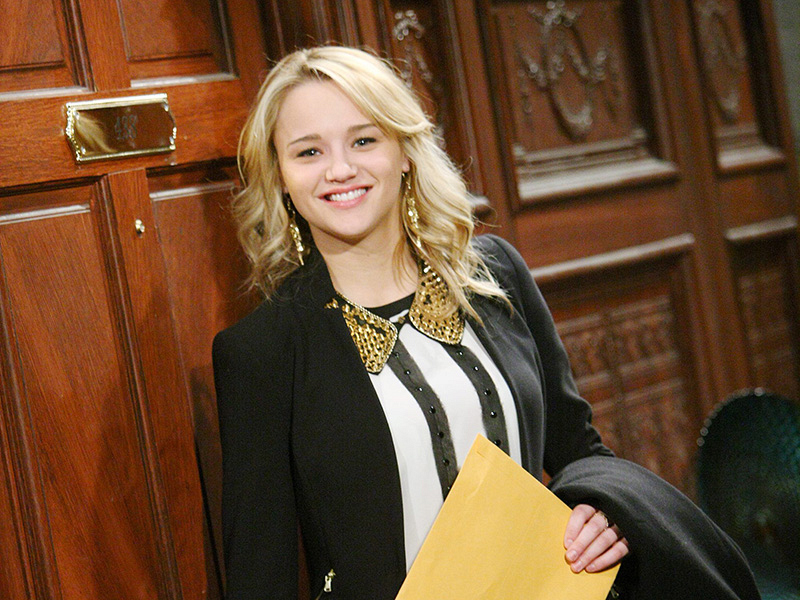 8. Summer Newman - The Young and the Restless