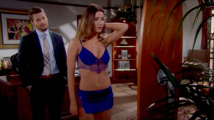 Aly catches Steffy and Liam in a compromising situation