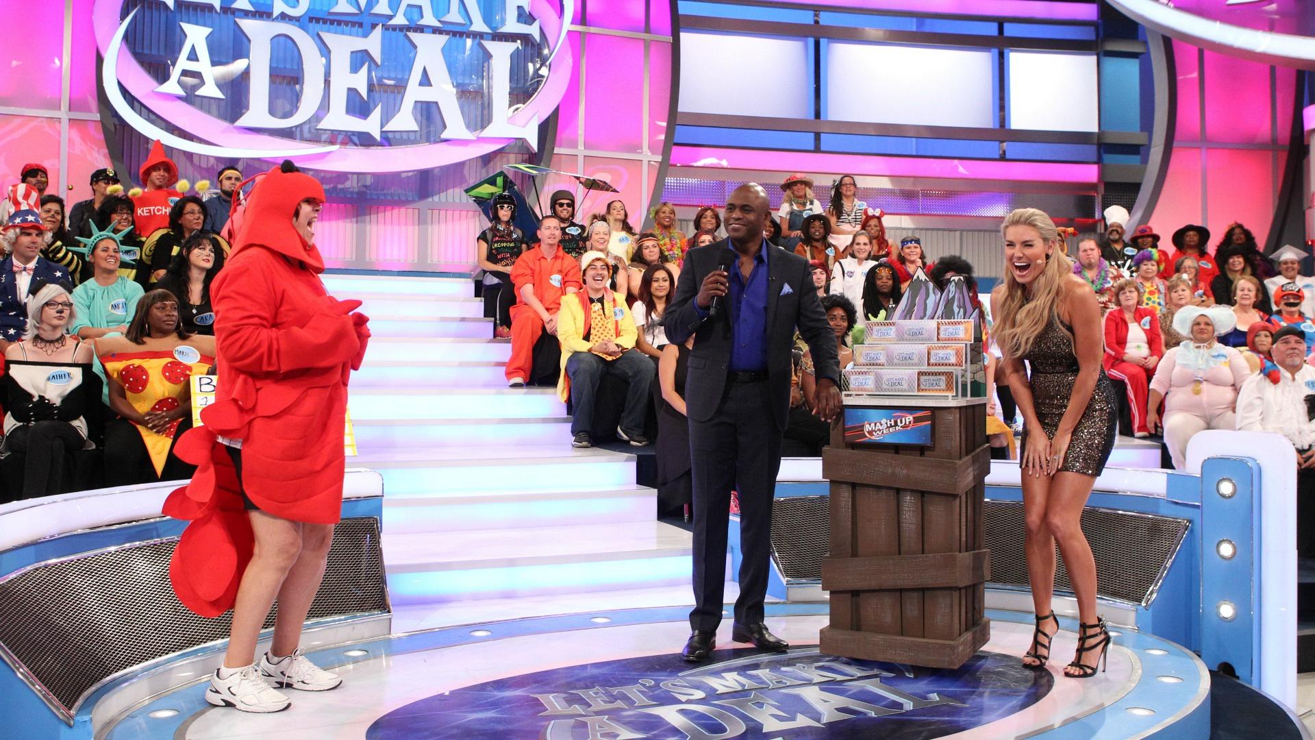 Rachel and Wayne meet a hilarious lobster.