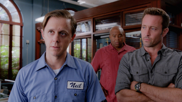Joe Egender as Neil Palea, Chi McBride as Lou Grover, and Alex O'Loughlin as Steve McGarrett