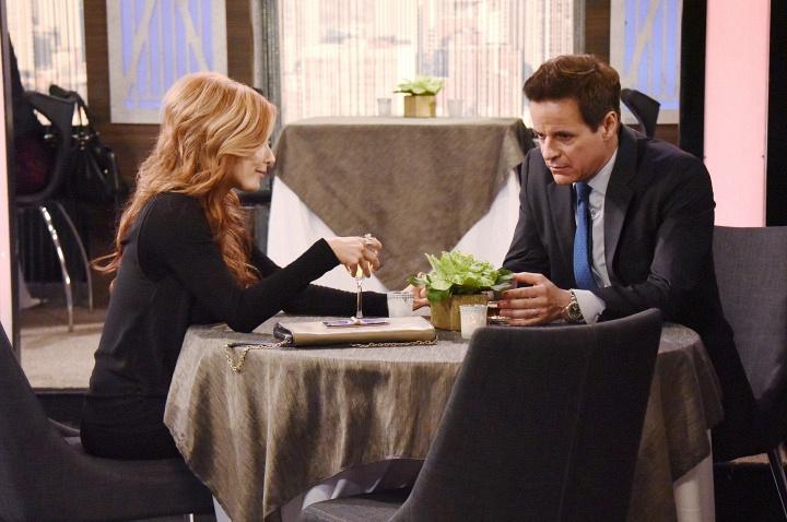 Michael confides in Lauren.