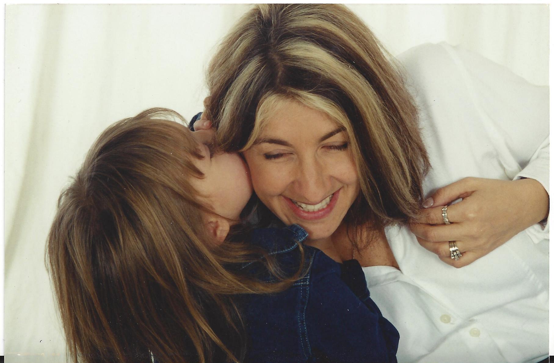 """Moms Behind """"Mom"""" - Sadie Calvano"""