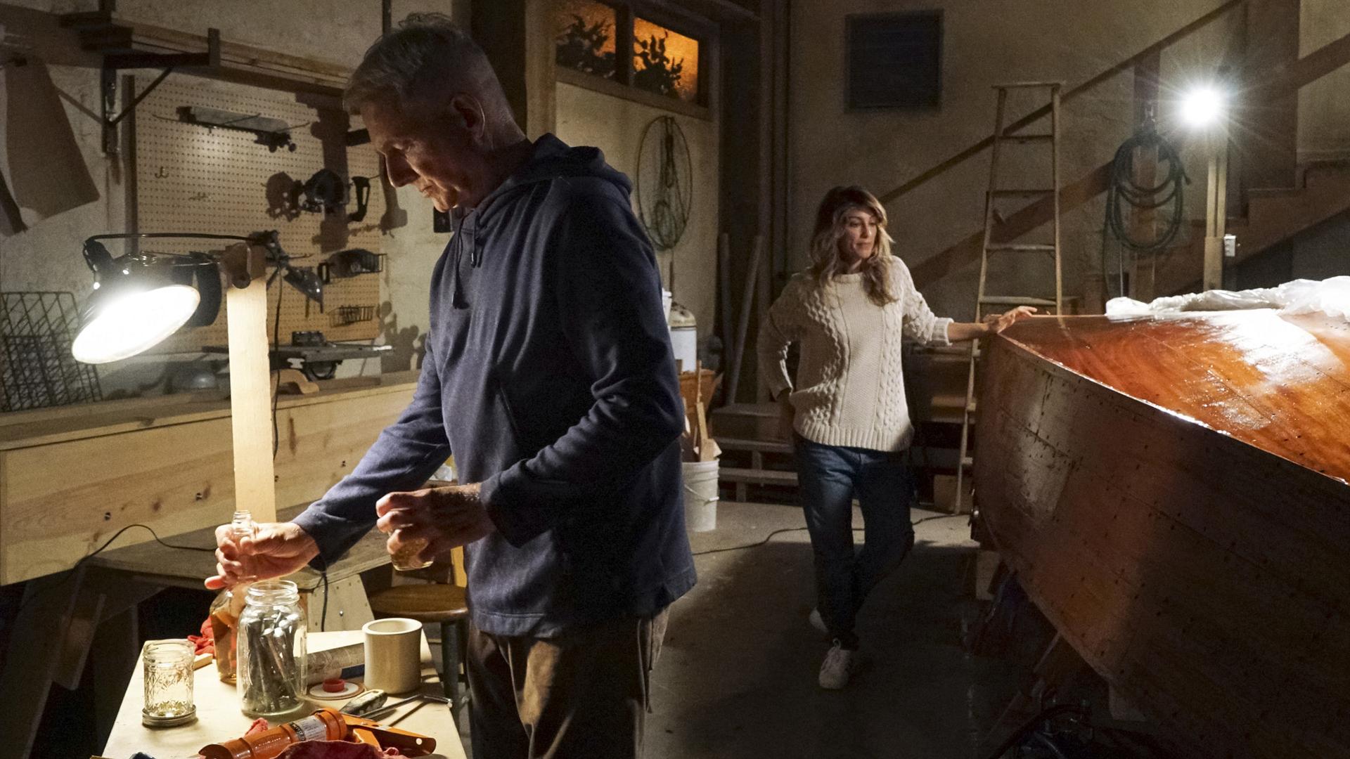 Quinn visits Gibbs' basement.