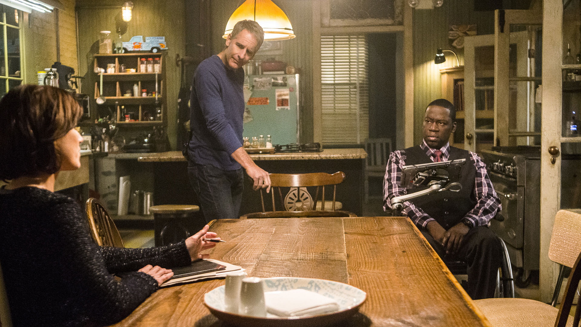 Zoe McLellan as Meredith Brody, Scott Bakula as Dwayne Pride, and Daryl Chill Mitchell as Patton Plame