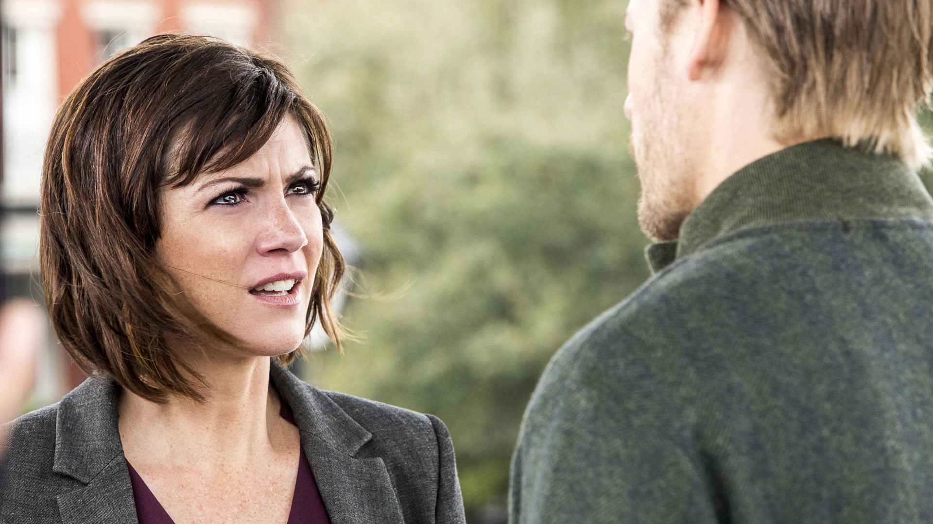 Zoe McLellan as Meredith Brody and David Hoflin as Daniel Nolan
