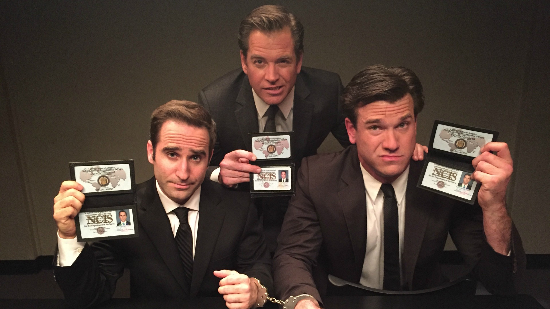 DiNozzo and the Phony Tonys posed for a fun behind-the-scenes shot.