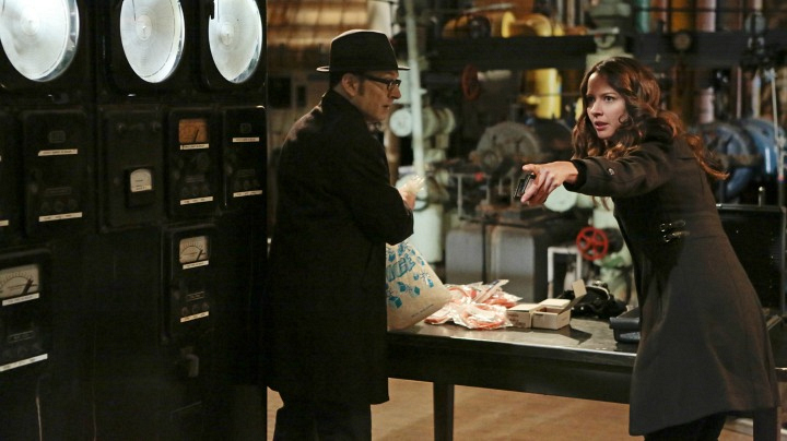 5. Finch does everything he can to save The Machine - Person Of Interest