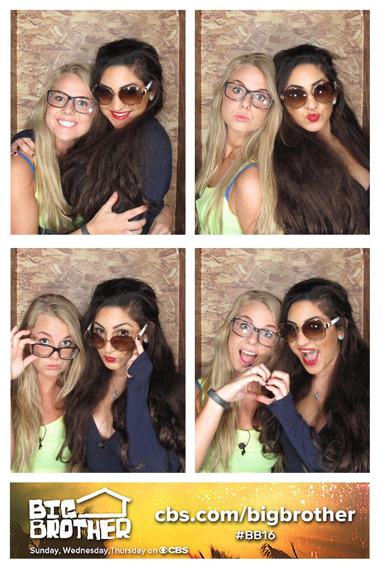 Nicole & Victoria