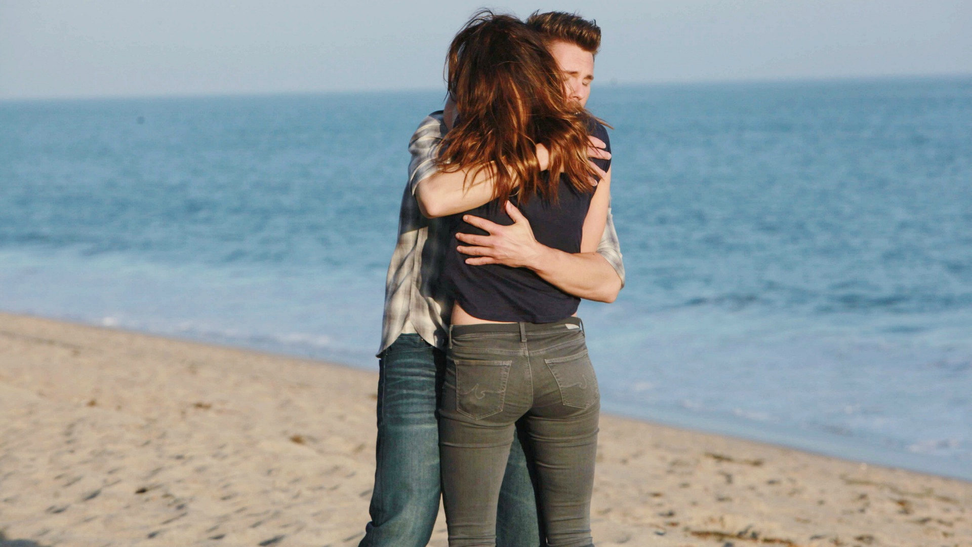 Liam and Steffy reunite.