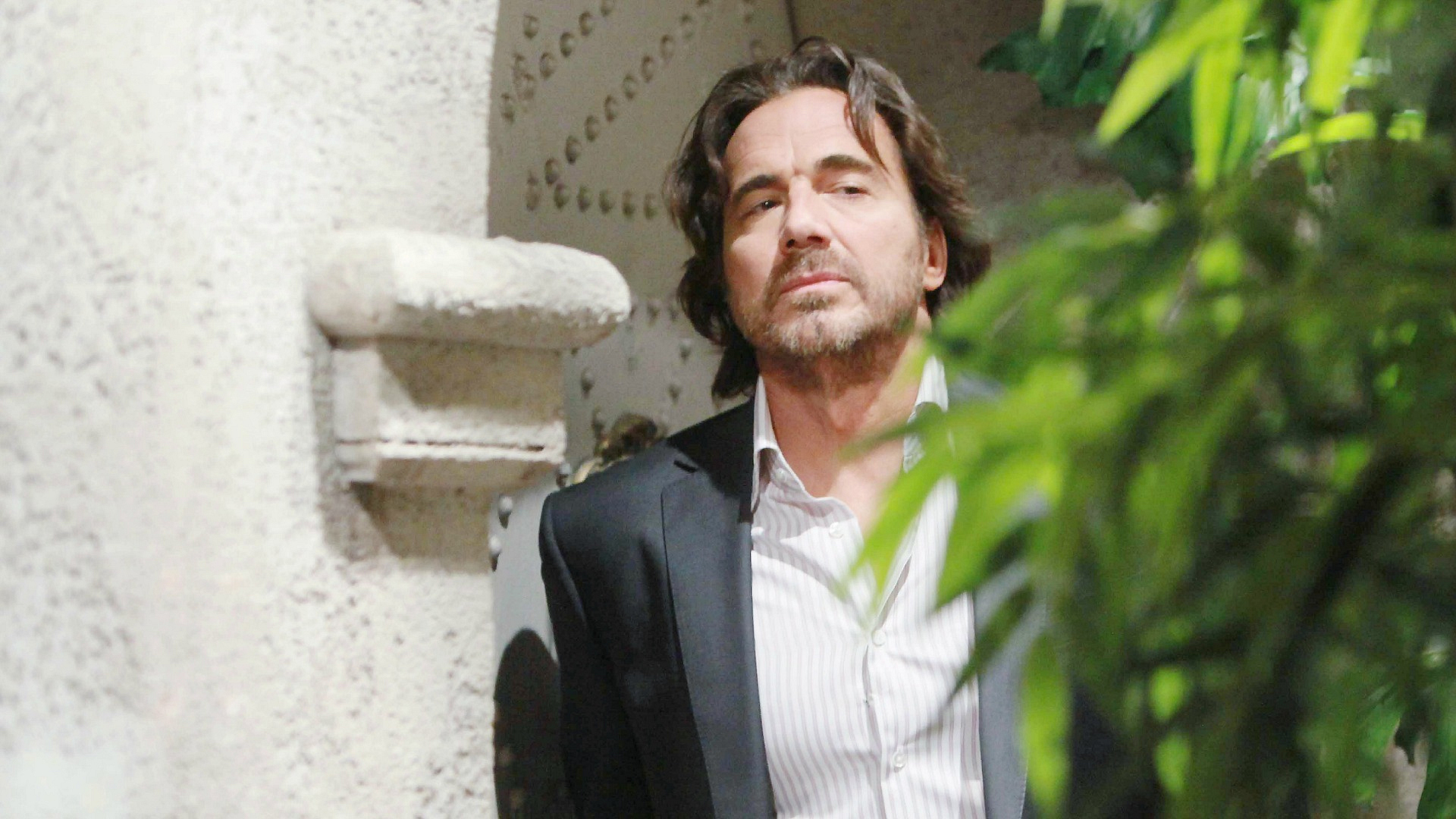 Ridge struggles to accept the truth about Caroline and Thomas' past.