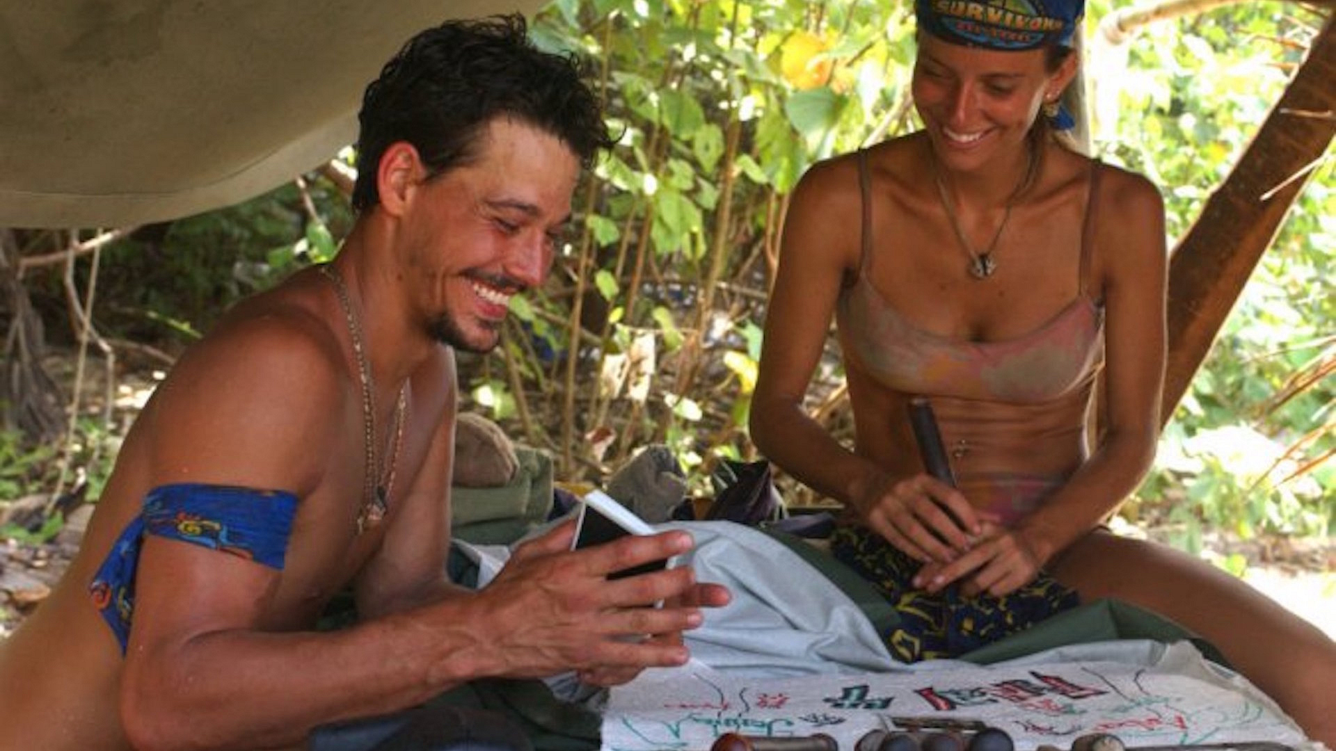 Rob Mariano backstabs Lex van den Berghe on Survivor: All-Stars