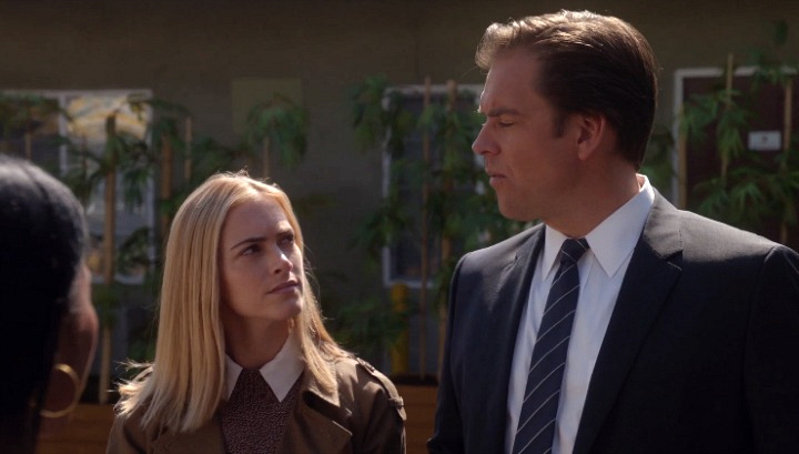The health clinic visited by Bishop and DiNozzo was inspired by a Rolf therapy session taken by writer Steven Binder.