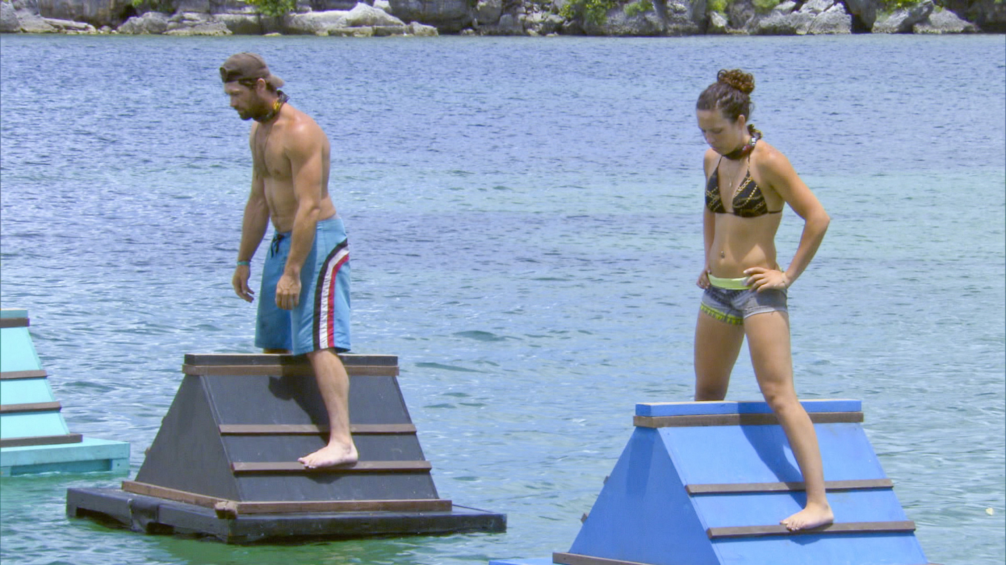 LJ and Sarah compete in Season 28 Episode 6