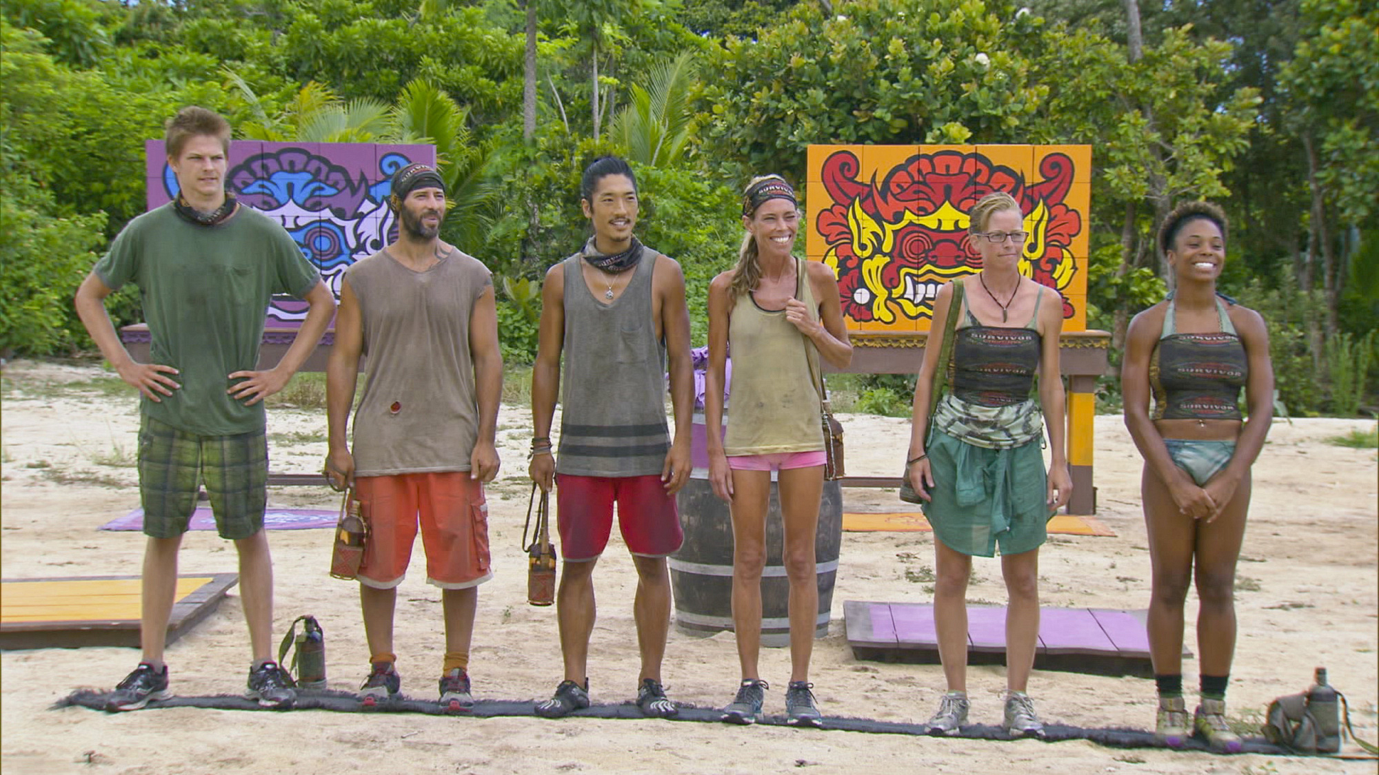 Getting ready for the Reward Challenge in Season 28 Episode 11