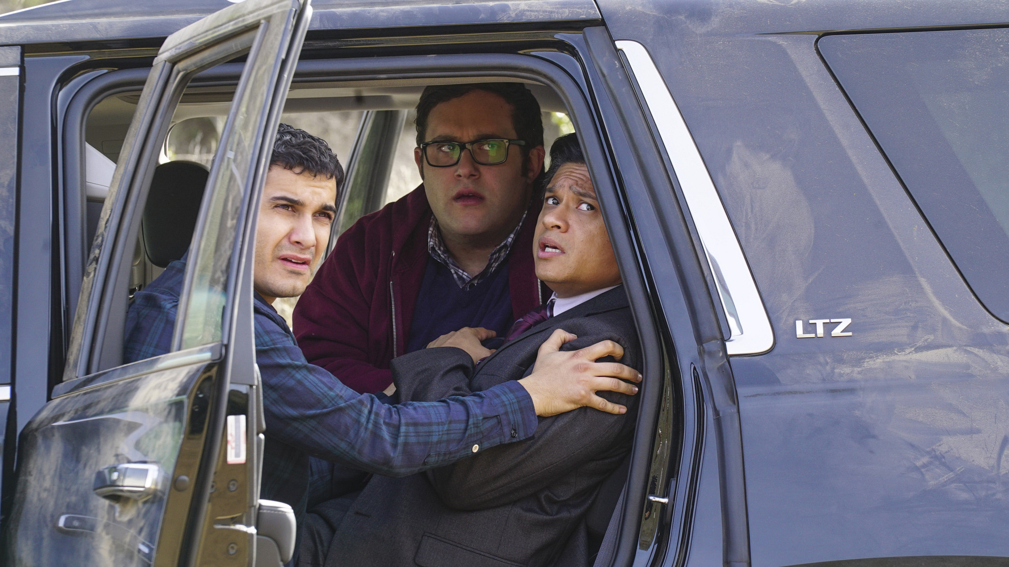 Elyes Gabel as Walter O'Brien and Ari Stidham as Sylvester Dodd