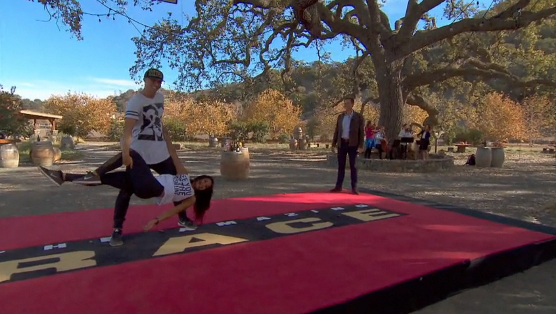 Matt and Dana expressed their love for each other with a little dancing on The Amazing Race.