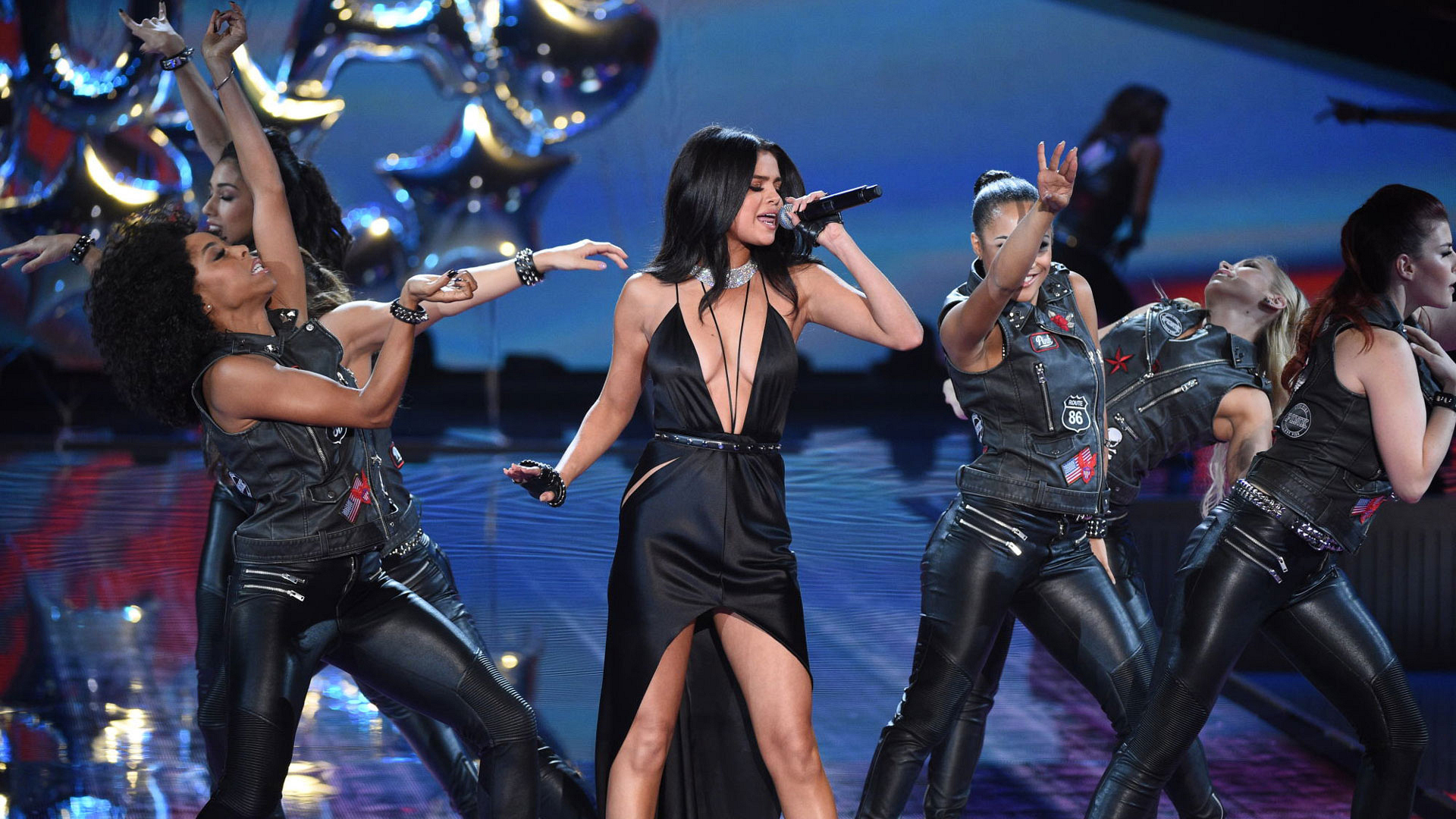 Selena Gomez belts it out during PINK USA