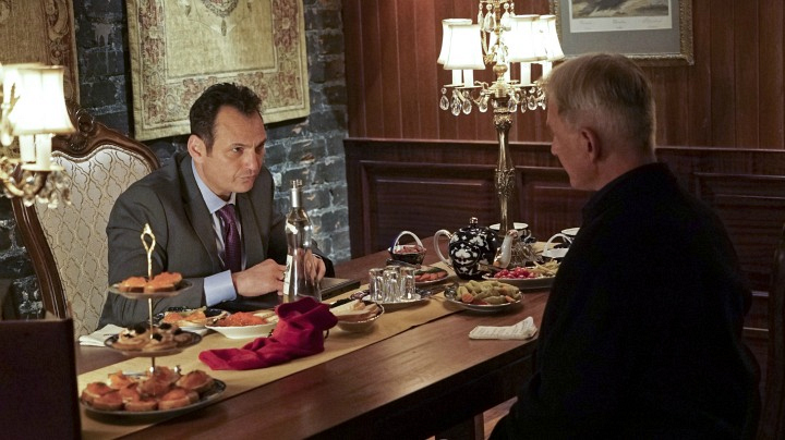Lev Gorn as Russian Counselor Anton Pavlenko and Mark Harmon as Leroy Jethro Gibbs