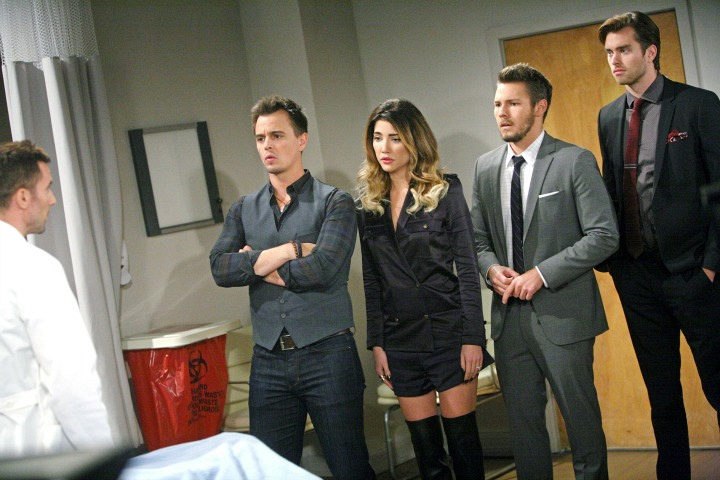 Steffy apologizes to Ivy.