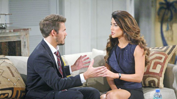 Steffy tells Liam about the incriminating footage.