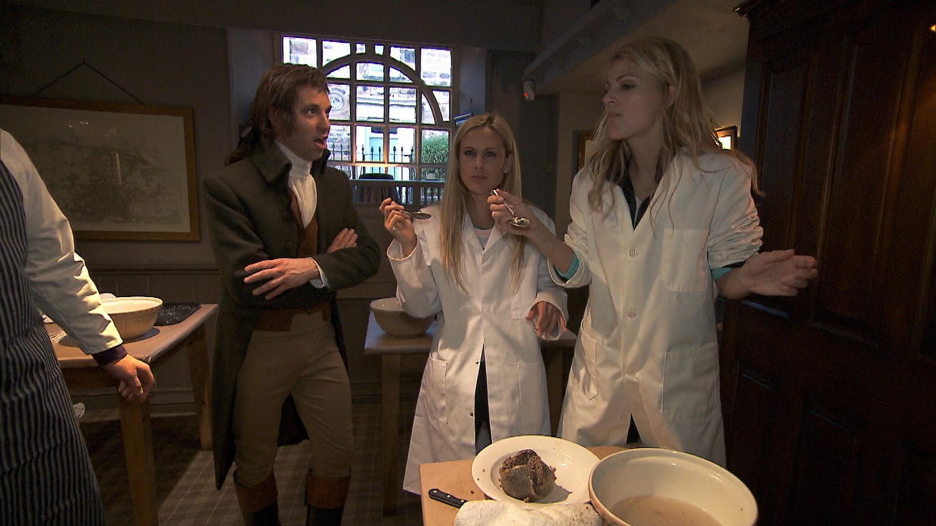 "Caroline and Jennifer in ""Working Our Barrels Off"" Season 22 Episode 10"