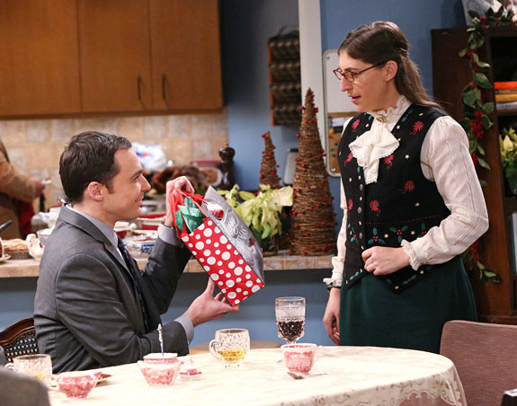 5. Sheldon and Amy agree <i>not</i> to exchange Christmas gifts, but do anyway.